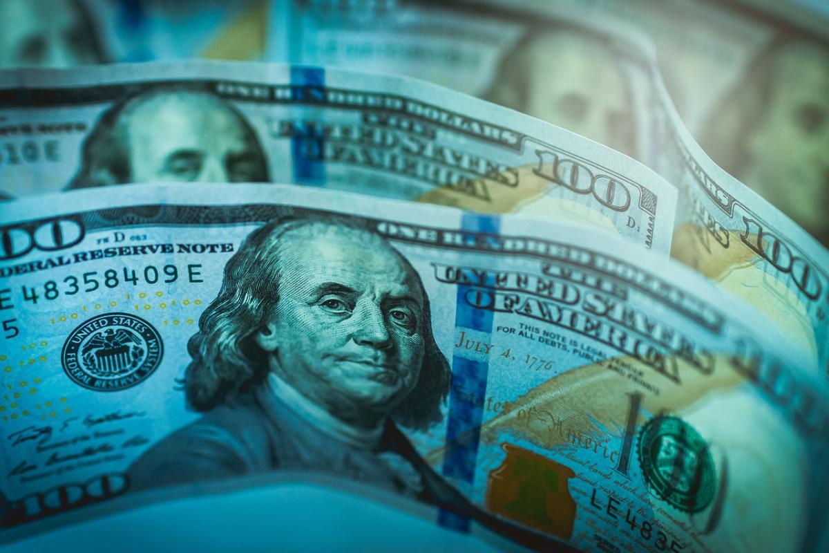 Hundred-dollar bills. Pixabay/Public domain