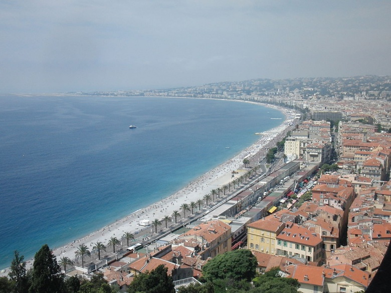 The Promenade des Anglais, site of the July 2016 attack in Nice, France. Wikimedia Commons/@Waithamai