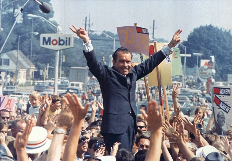 Richard Nixon campaigns in Philadelphia in 1968. Wikimedia Commons/Public domain