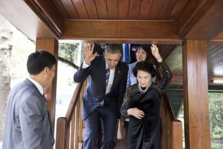 Image: Obama in Vietnam. White House photo (Pete Souza), public domain.