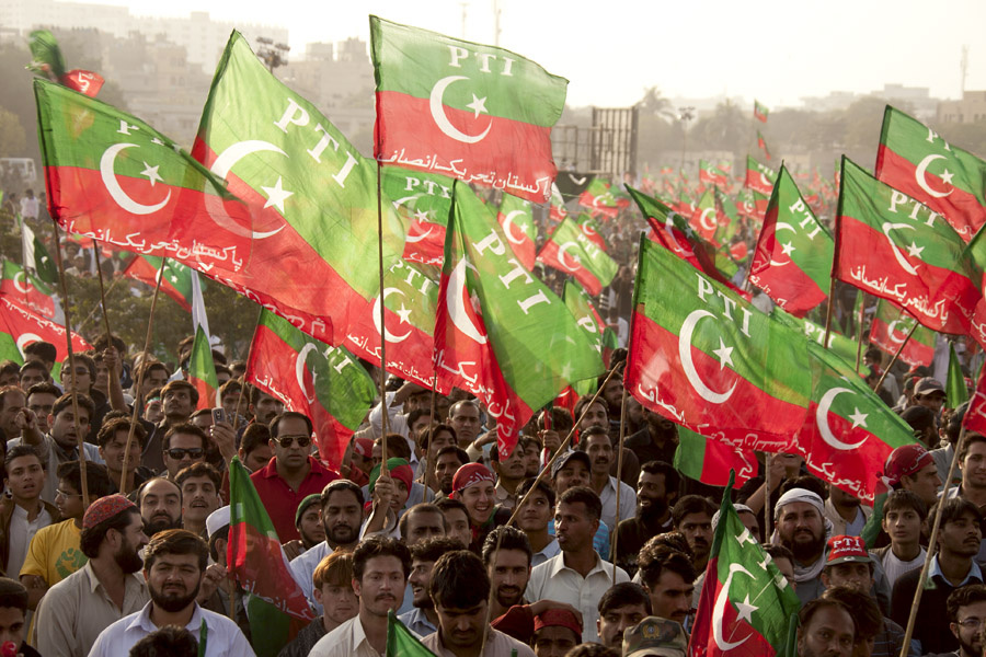 Supporters of Imran Khan's Tehreek-e-Insaf. Flickr/Creative Commons/Mustafa Mohsin