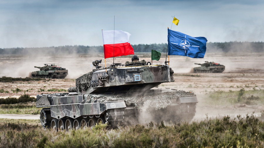 Polish tank during joint NATO exercise Noble Jump 2015. Flickr/Public domain/SHAPE NATO