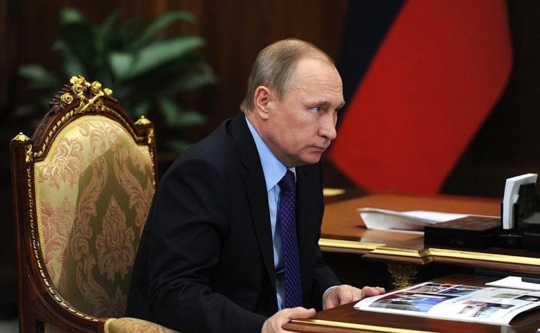 Vladimir Putin meets with Culture Minister Vladimir Medinsky. Wikimedia Commons/Kremlin.ru