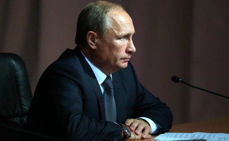 Vladimir Putin at the Russia-Kazakhstan Interregional Cooperation Forum. Kremlin.ru