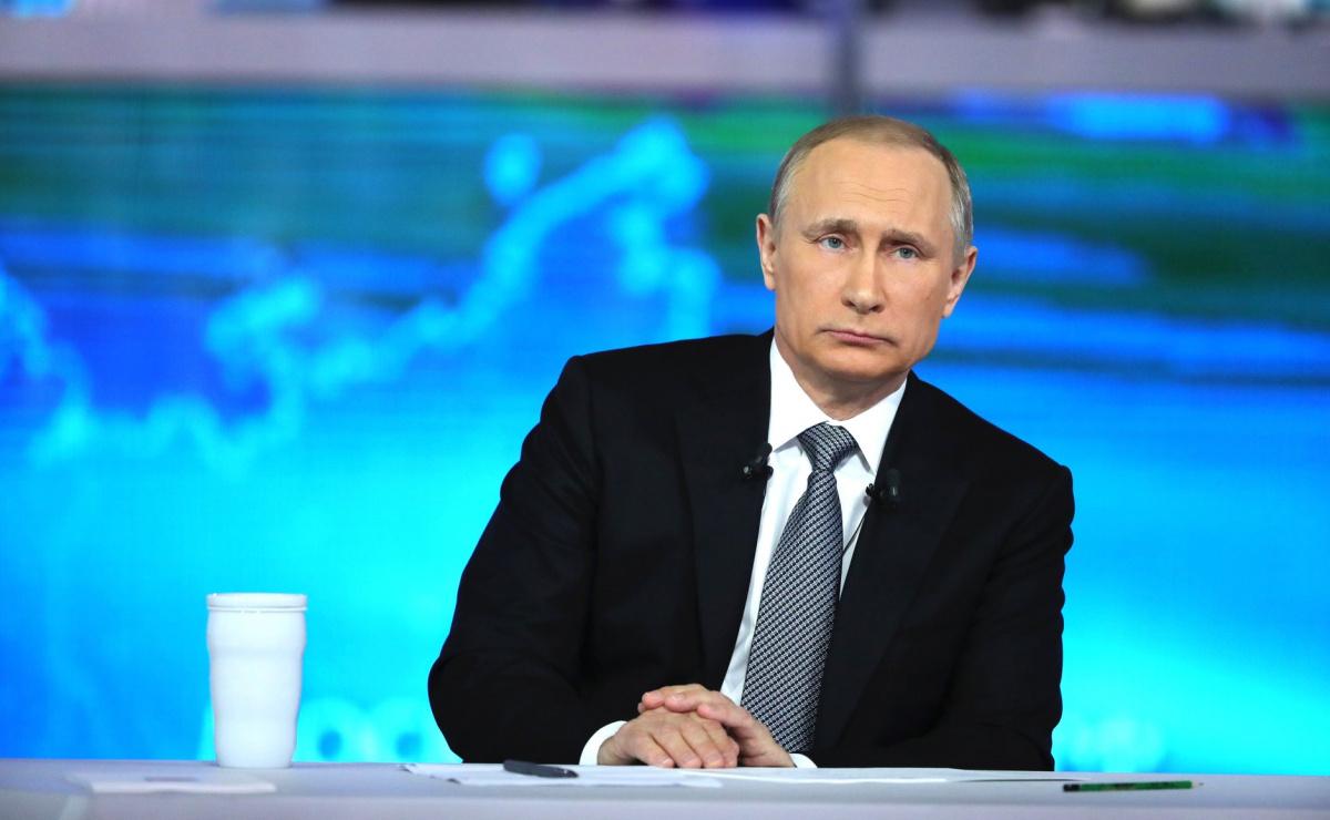 """Vladimir Putin at his April 2016 """"Direct Line"""" appearance. Kremlin.ru"""