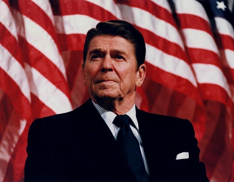 President Ronald Reagan speaking at a Rally for Senator Durenberger in Minneapolis, Minnesota, 1982. Wikimedia Commons/Public domain