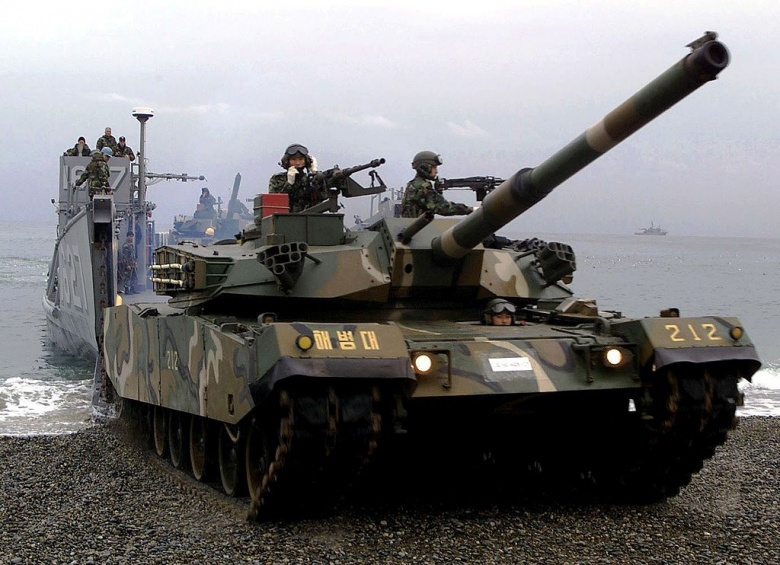 A Republic of Korea Forces Type 88 K1 Main Battle Tank​. Wikimedia Commons/U.S. Air Force