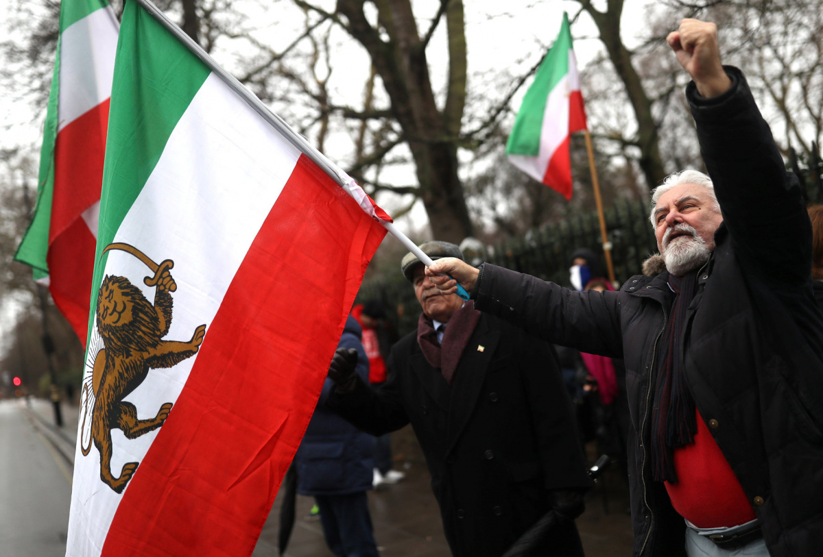Opponents of Iranian President Hassan Rouhani hold a protest outside the Iranian embassy in west London, Britain, January 2, 2018. REUTERS/Simon Dawson
