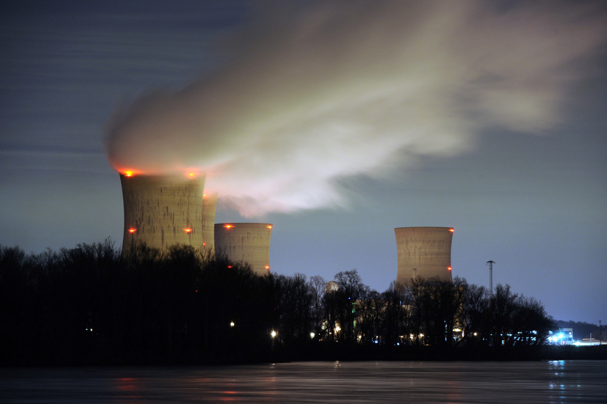 The Three Mile Island nuclear power plant, where the U.S. suffered its most serious nuclear accident in 1979, is seen across the Susquehanna River in Middletown, Pennsylvania in this night view taken March 15, 2011. REUTERS/Jonathan Ernst