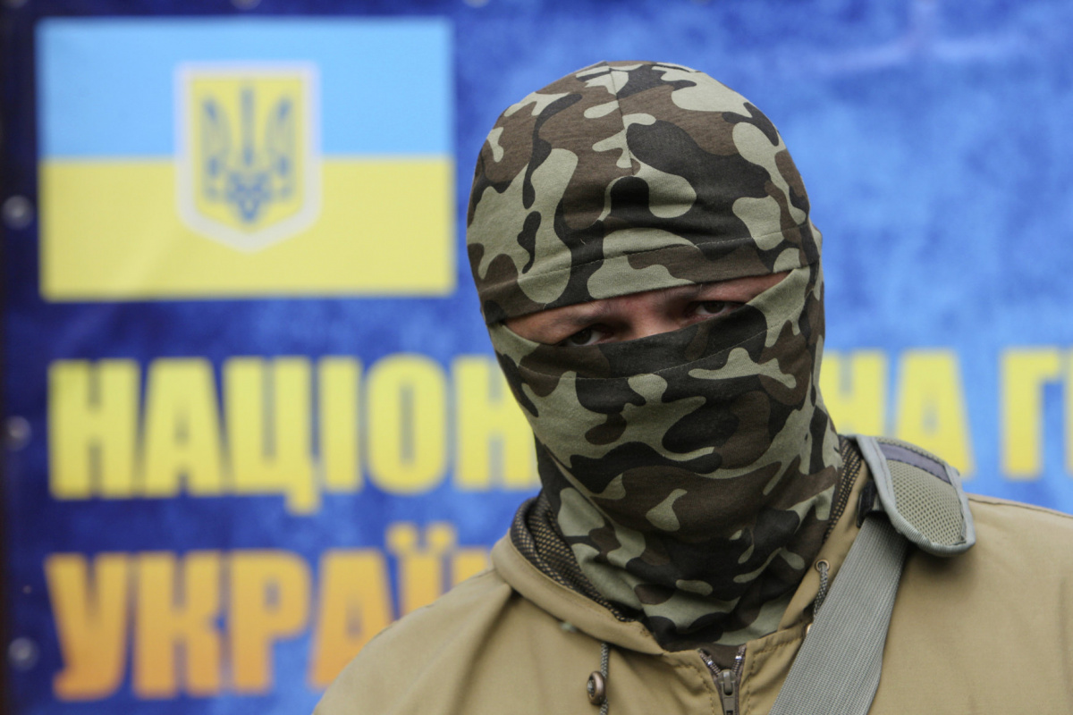 "Semyon Semenchenko, commander of the ""Donbass"" self-defence battalion, looks on during a training at a base of the National Guard of Ukraine near Kiev June 2, 2014. REUTERS/Valentyn Ogirenko"