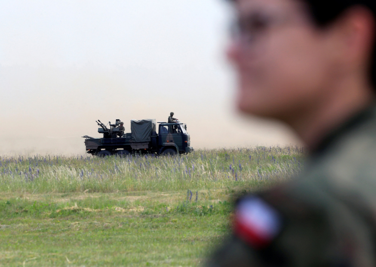 NATO Enhanced Forward Presence troops attend the final day of NATO Saber Strike exercises in Orzysz, Poland, June 16, 2017. REUTERS/Ints Kalnins