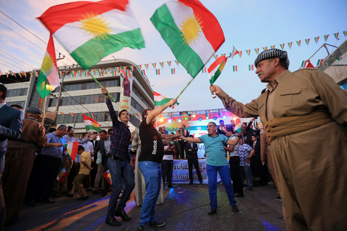 Kurds celebrate to show their support for the independence referendum in Duhok, Iraq, September 26, 2017. REUTERS/Ari Jalal