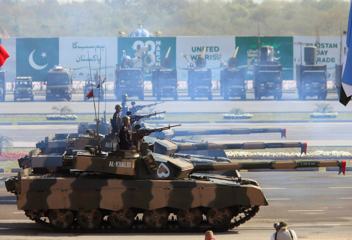 Soldiers drive Pakistan's Al Khalid tanks during Pakistan Day military parade in Islamabad, Pakistan, March 23, 2017. REUTERS/Faisal Mahmood