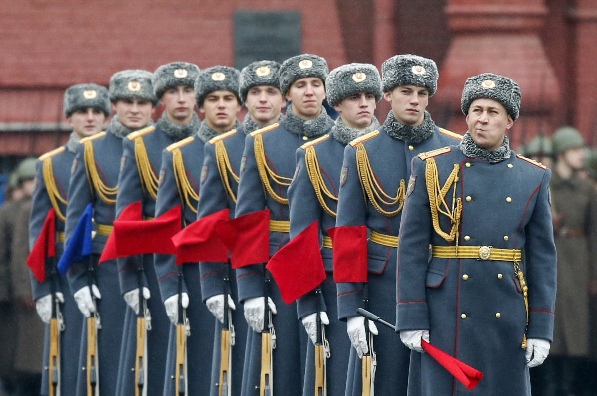 Servicemen line up during a military parade in Red Square in Moscow, November 7, 2014. Reuters/Maxim Shemetov