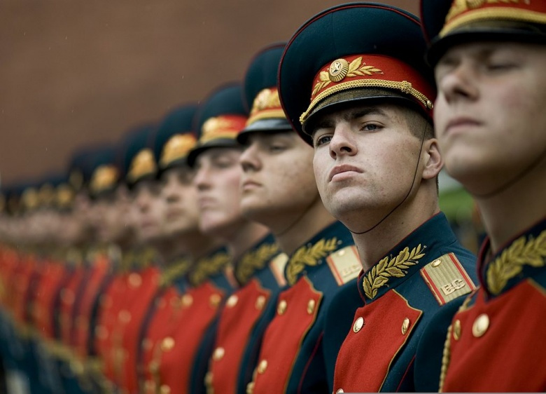 A Russian military honor guard. Wikimedia Commons/U.S. Navy