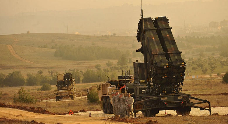 U.S. Service members stand by a Patriot missile battery in Gaziantep, Turkey. Wikimedia Commons/Department of Defense