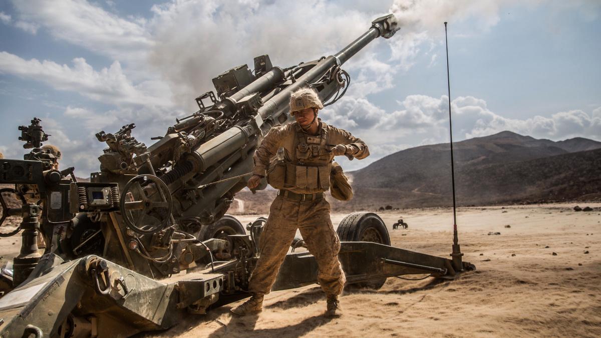 U.S. Marines fire an M777 Lightweight 155mm Howitzer. Flickr/U.S. Marines