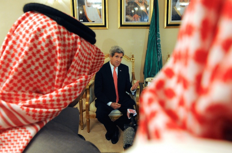 U.S. Secretary of State John Kerry addresses Saudi and American reporters in Riyadh. Flickr/U.S. Department of State