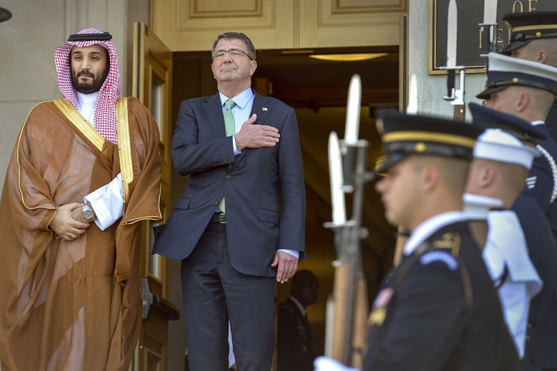 U.S. Defense Secretary Ash Carter welcomes Saudi Defense Minister Mohammed bin Salman Al Saud to the Pentagon. Wikimedia Commons/Public domain