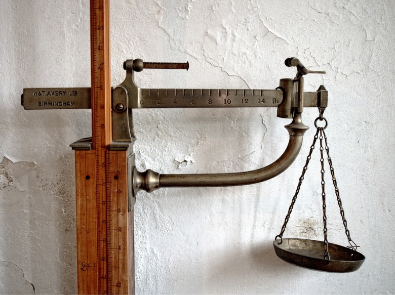 An analog medical balance. Pixabay/Public domain