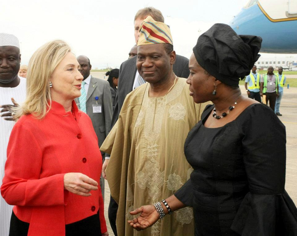 Hillary Rodham Clinton arrives in Abuja, Nigeria. Wikimedia Commons/U.S. Department of State