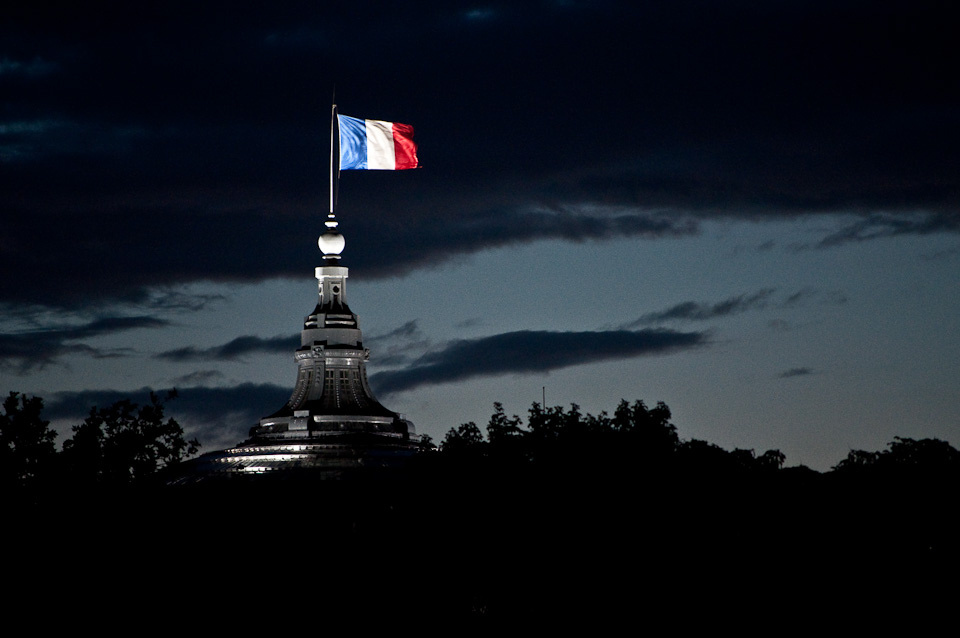 French flag flying at night, Paris 2010. Flickr/Creative Commons/Joshua Veitch-Michaelis