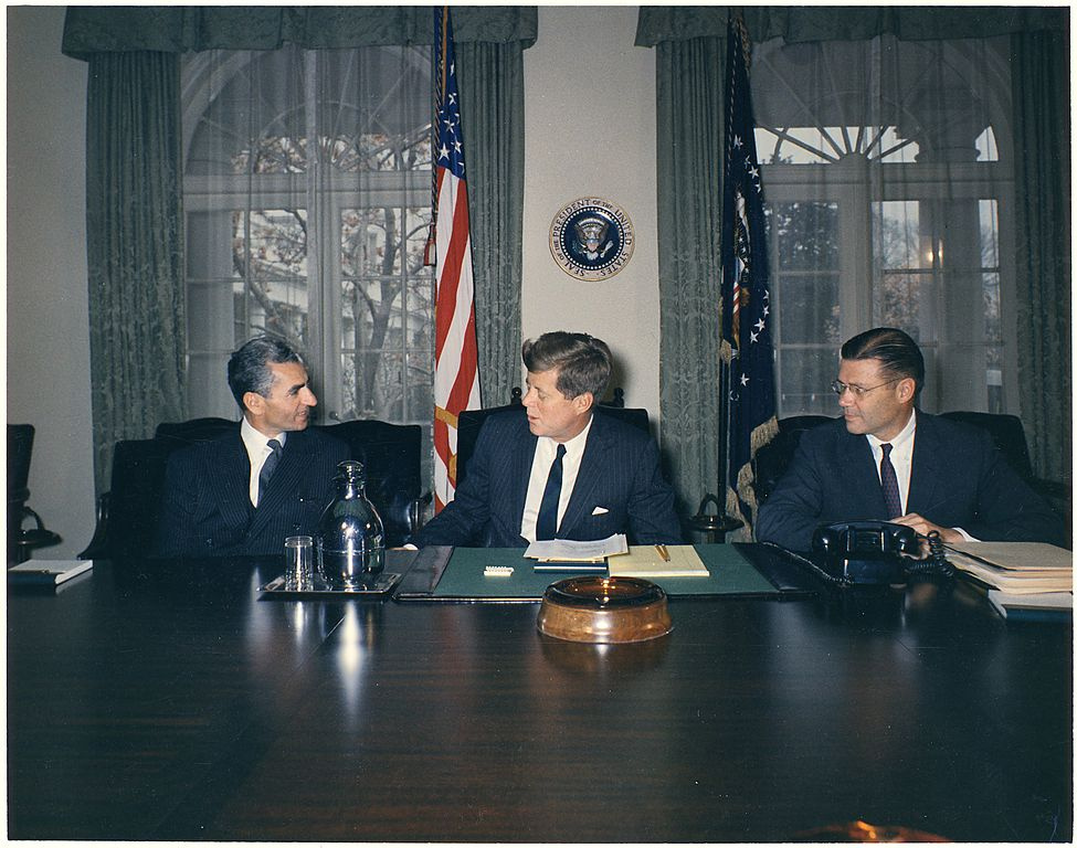 Mohammad Reza Shah Pahlavi, President John F. Kennedy, and Secretary of Defense Robert McNamara. Wikimedia Commons/National Archives and Records Administration