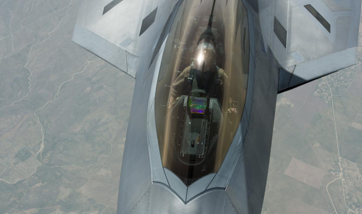 U.S. Air Force F-22 Raptor. Flickr/Department of Defense