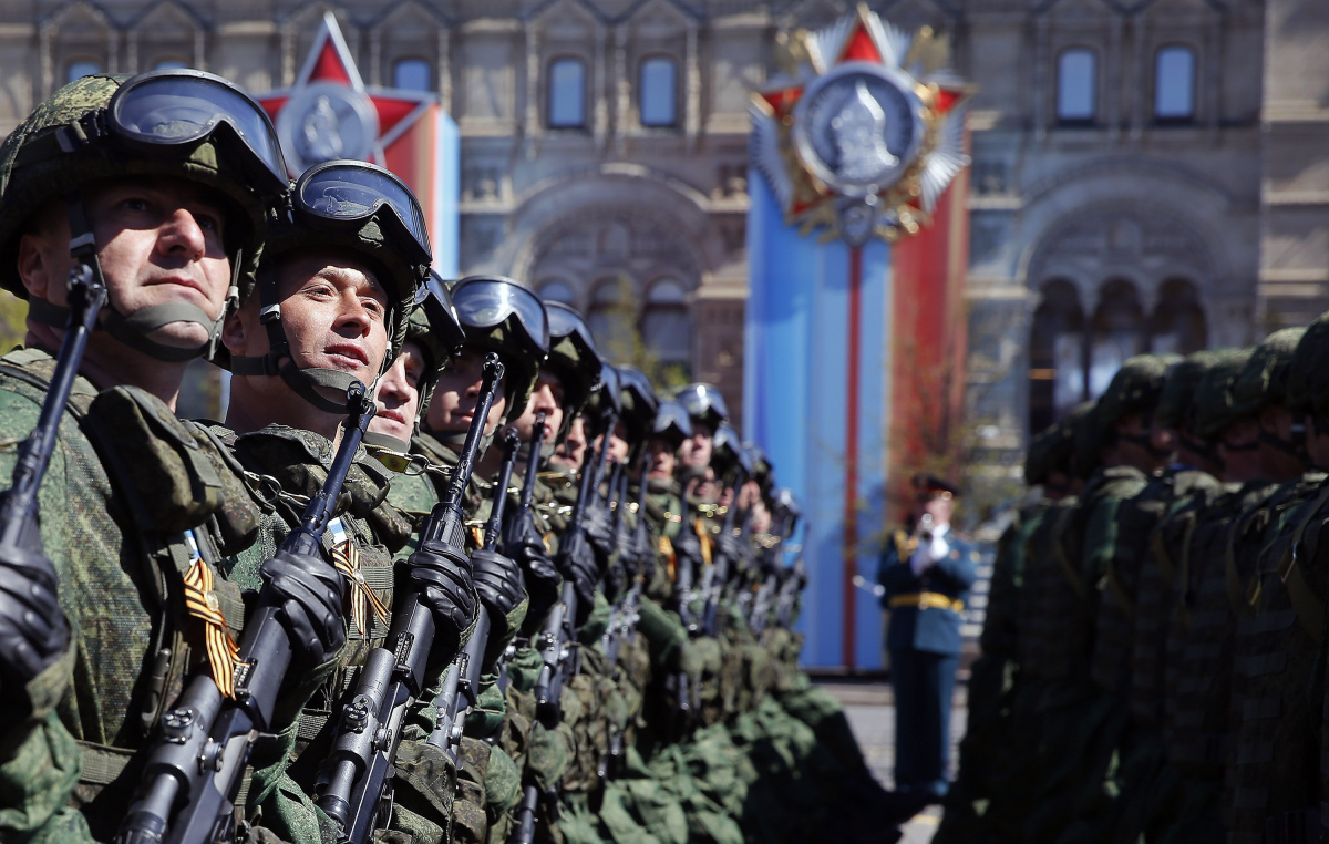 Russian army troops rehearse before the World War II anniversary in Moscow
