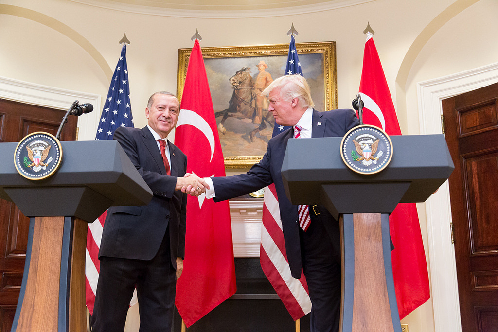 President Trump and President Erdoğan give a joint statement in the Roosevelt Room at the White House. Flickr/The White House