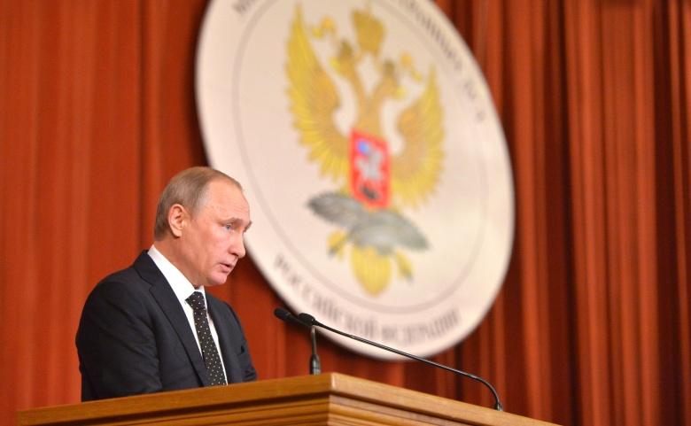 Image: Russian president Vladimir Putin addressing a meeting of ambassadors and permanent envoys. Kremlin photo.