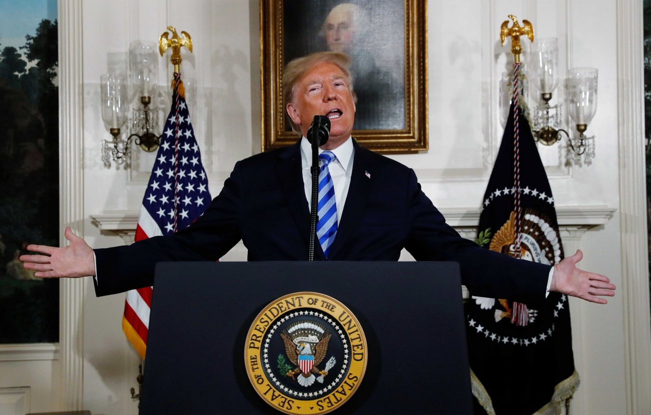 U.S. President Donald Trump announces his intention to withdraw from the JCPOA Iran nuclear agreement during a statement in the Diplomatic Room at the White House in Washington, U.S., May 8, 2018. REUTERS/Jonathan Ernst
