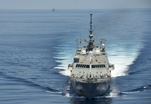 The US Navy Wants to Build a New Frigate (But It's NOT a Frigate)