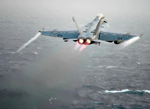 What's Wrong With the U.S. Navy's Boeing F/A-18E/F Super Hornet Fleet?