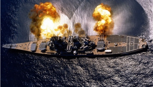 The Ultimate 'Battleship' Dual: America's Iowa-Class Battleship vs. the Stealth Zumwalt (Who Wins?)