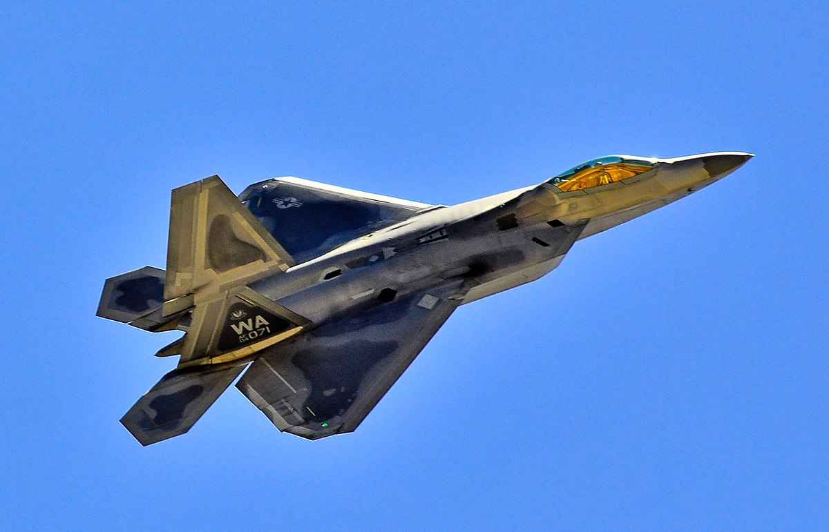 Why Russia Should Really Hate the F-22 Raptor