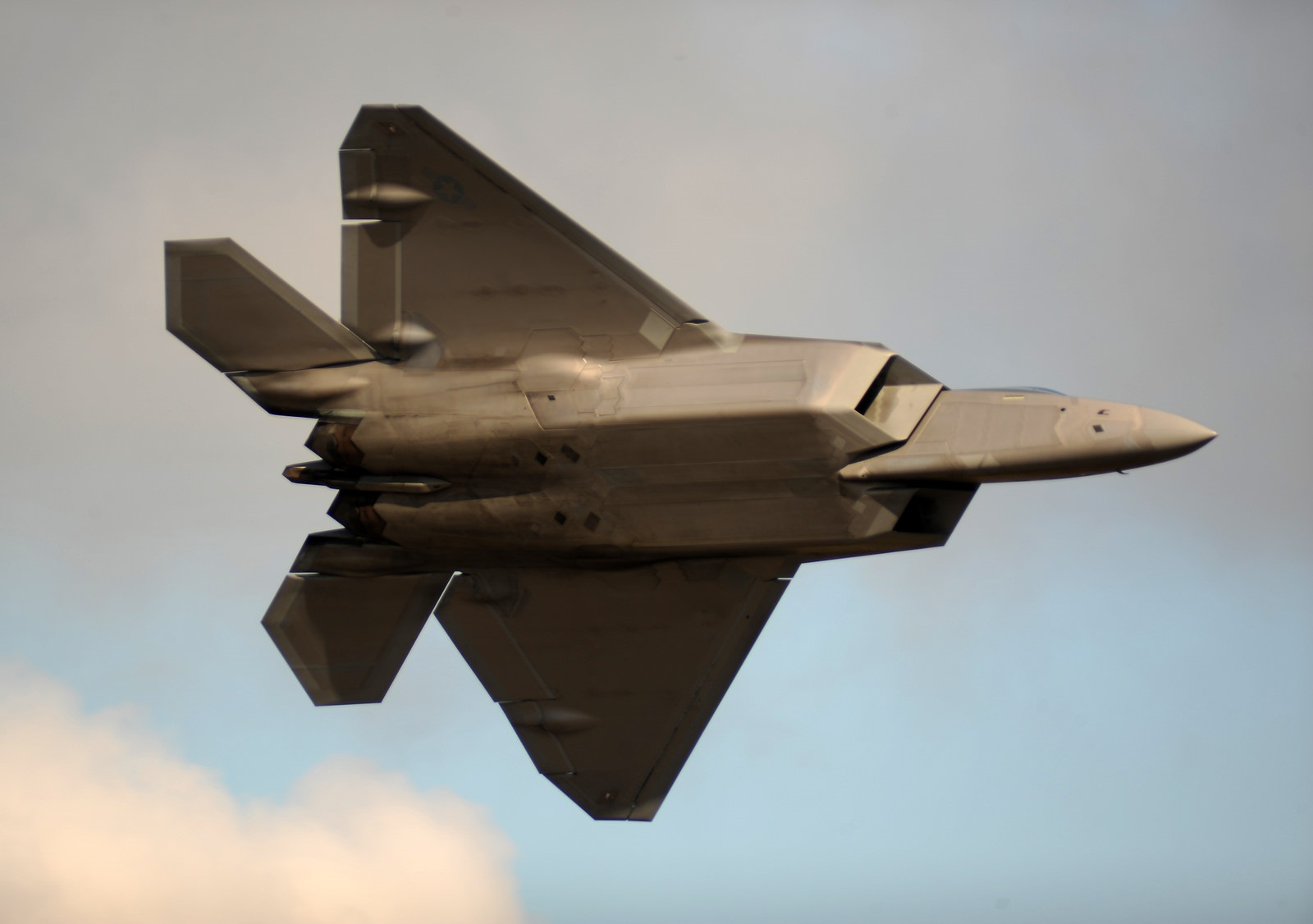 Raptor Killer: Could Russia's S-500 Shootdown an F-22 Stealth Fighter?