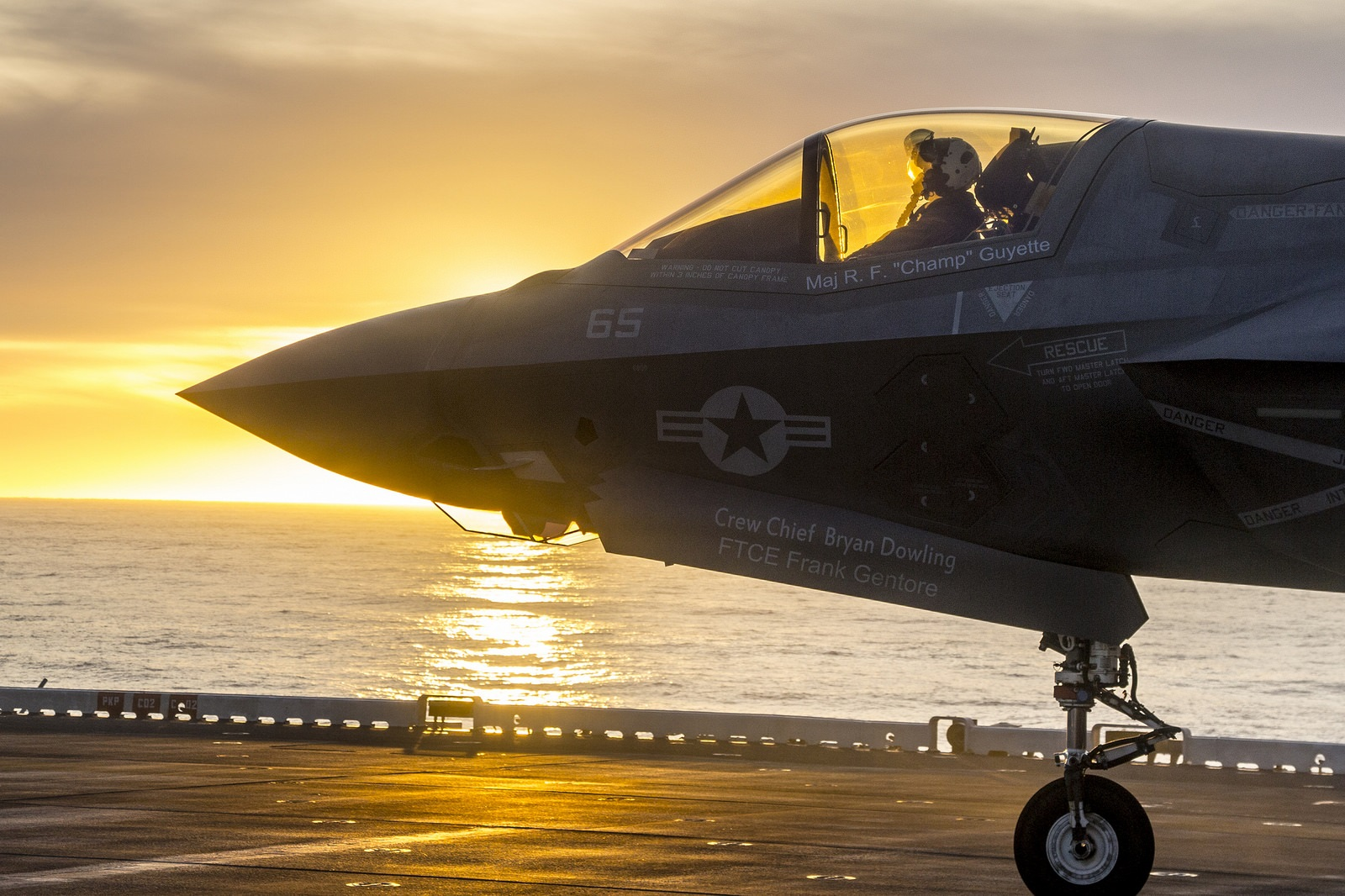 """The Navy and Marine Corps May Have a New Weapon: """"Mother Ship"""" Strikes?"""