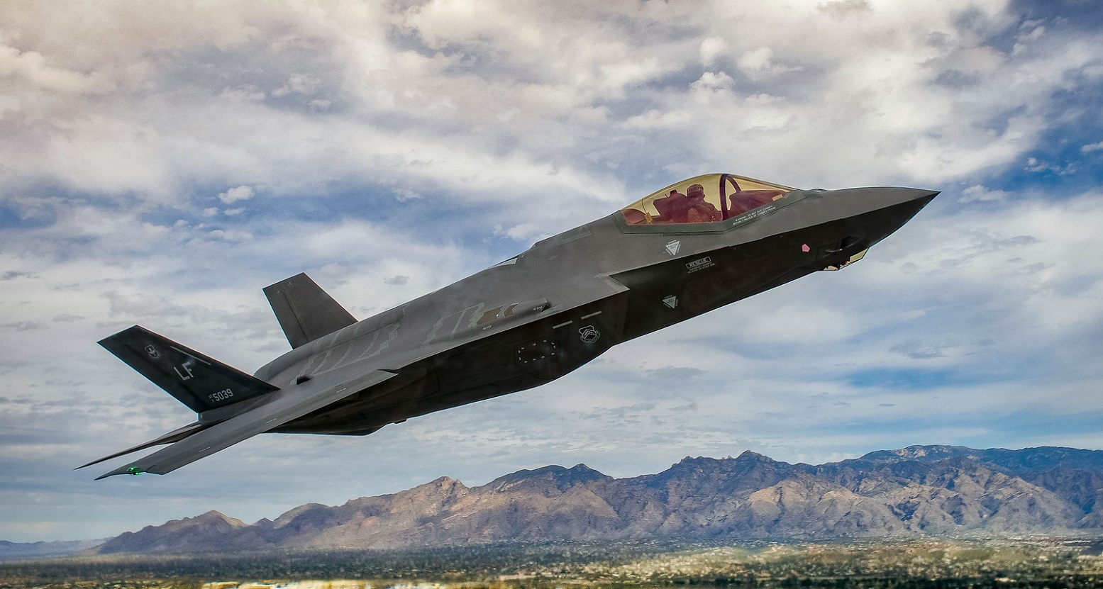 Report: Poland Is Buying 32 F-35 Fighters (And Russia Won't Like It)