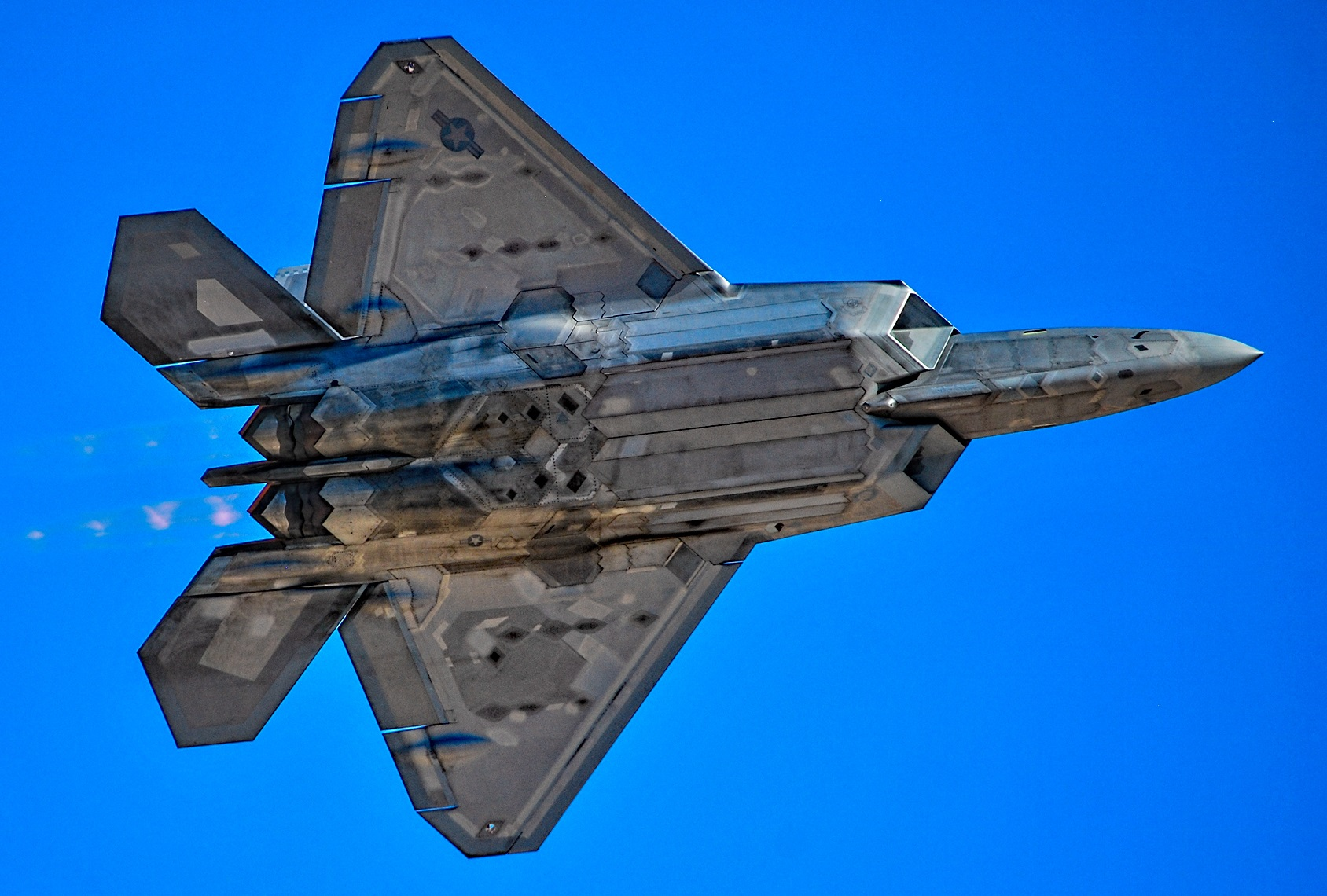 F-35s and F-22s Could Soon Fire Laser Weapons (Think Laser Dogfights)