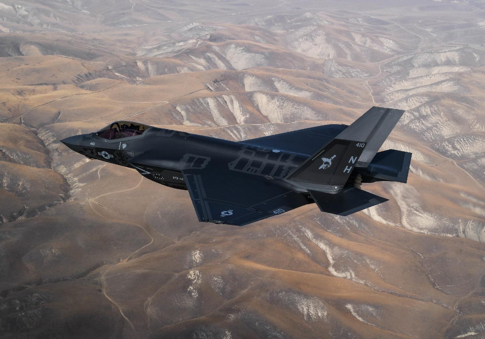 Stealth Strike: North Korea vs. America's F-22, F-35 and B-2 Bombers