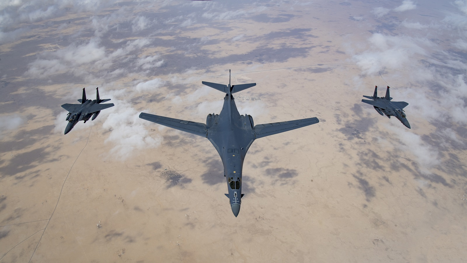 This Would Be Huge: Would the Air Force Give the U.S. Navy the B-1 Bomber?