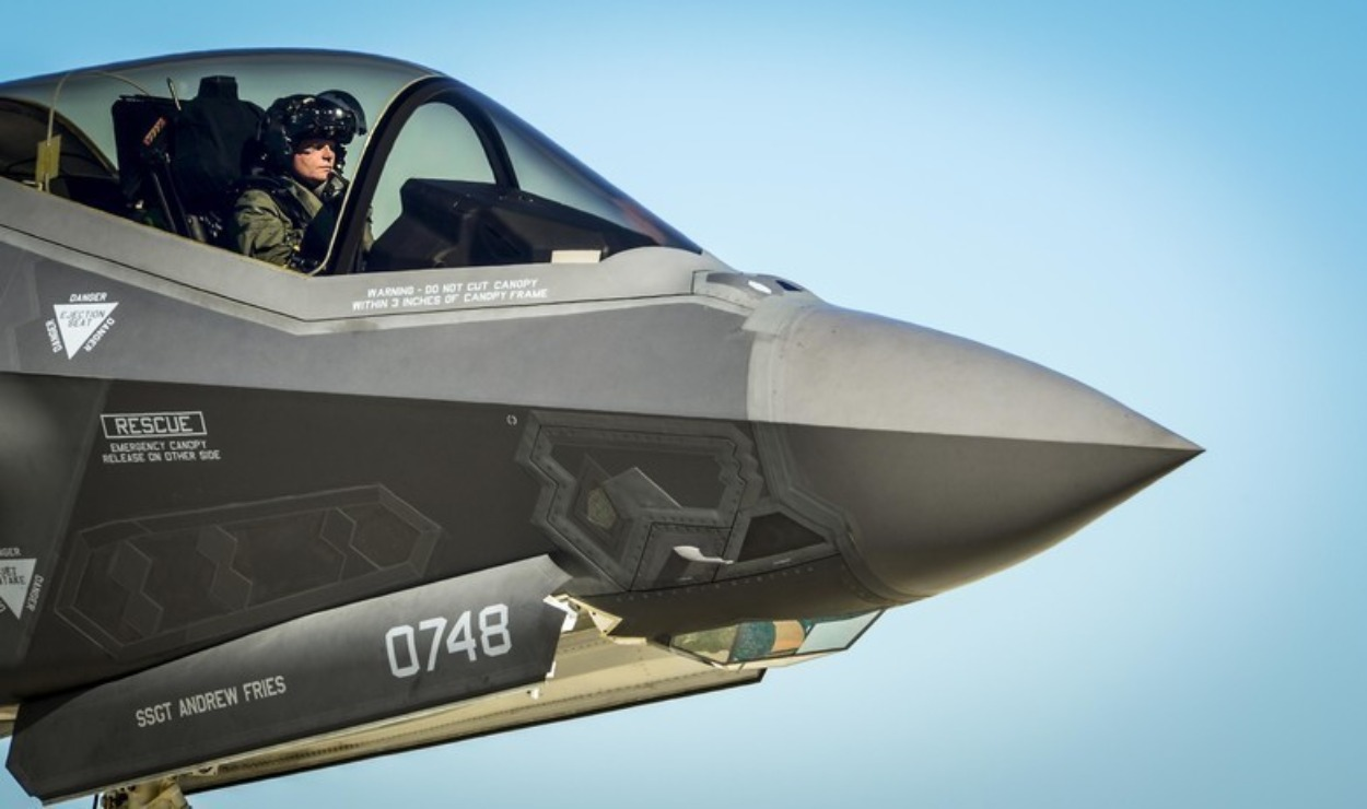 F-35 Is History: Say Hello to the Navy's F/A-XX 6th Generation