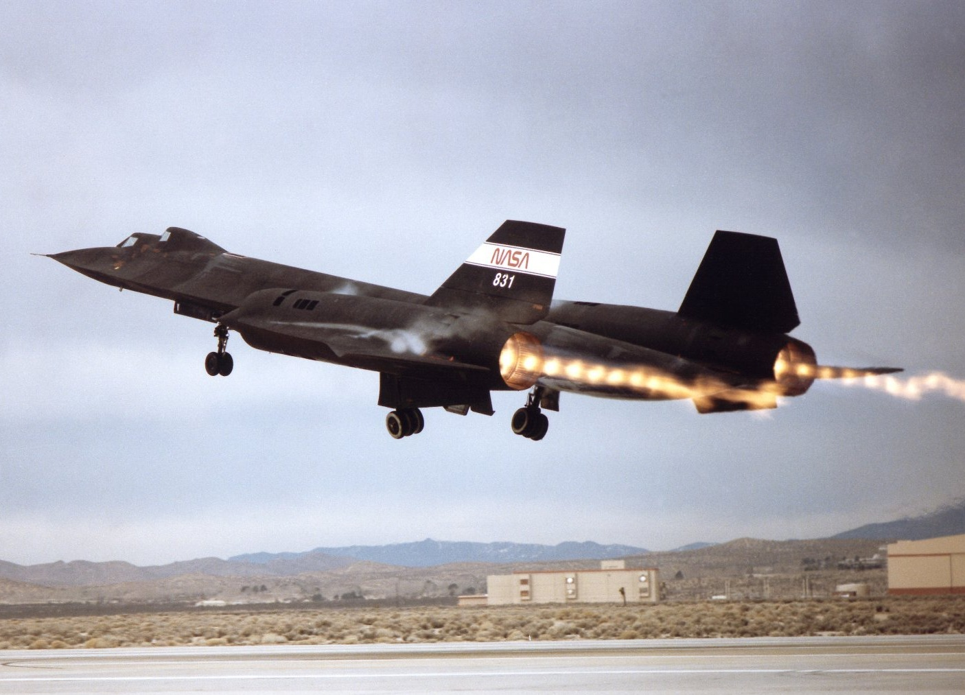Can't Touch This: The Secret Reason the SR-71 Spy Plane Set Speed