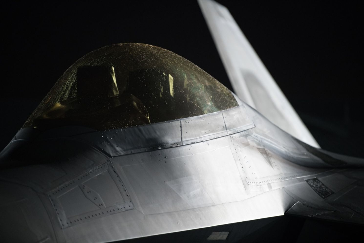 No Cloaking Device Here: F-22 Stealth Fighters Can Be Tracked