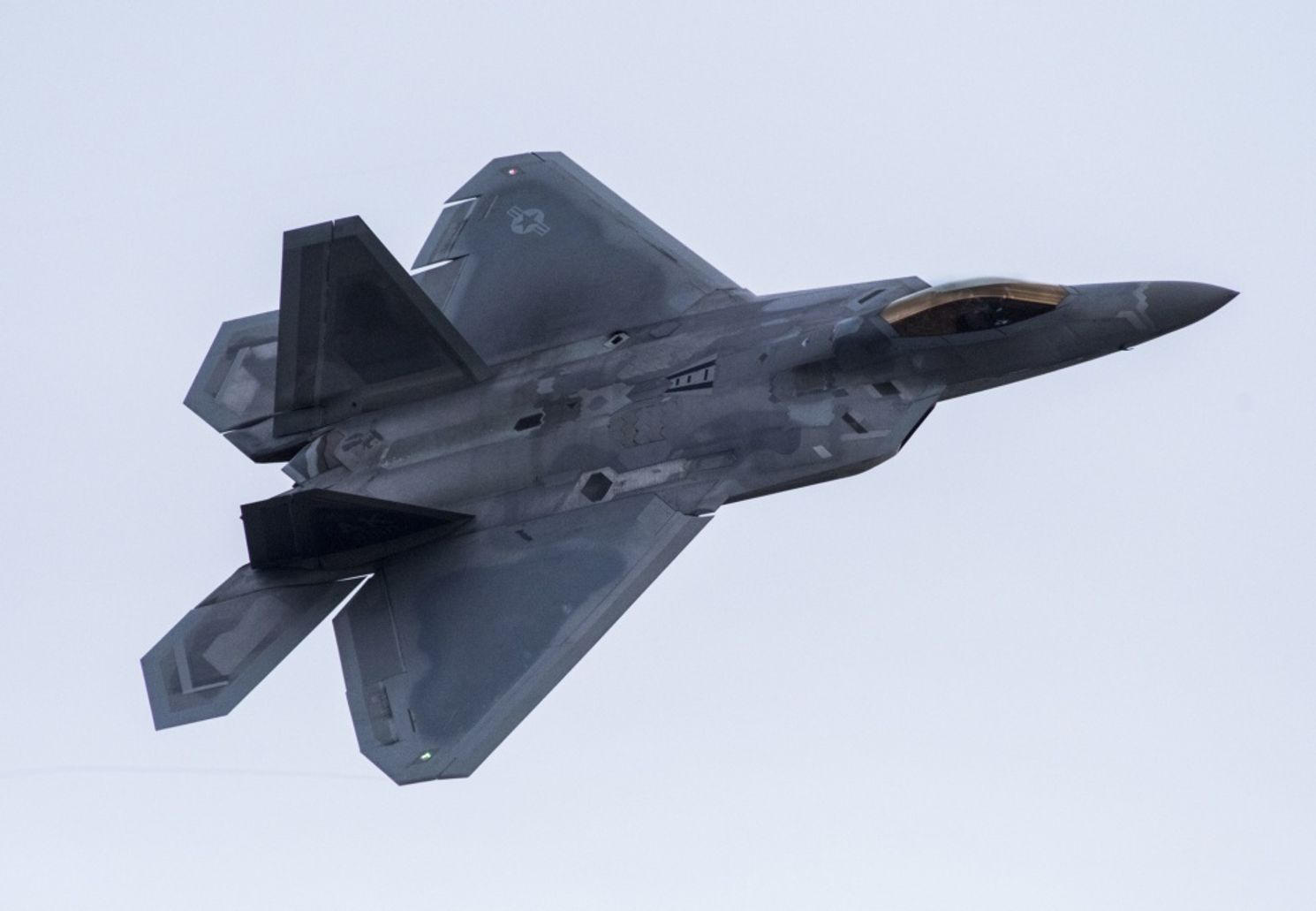 How F-22s Would Wage War Against China