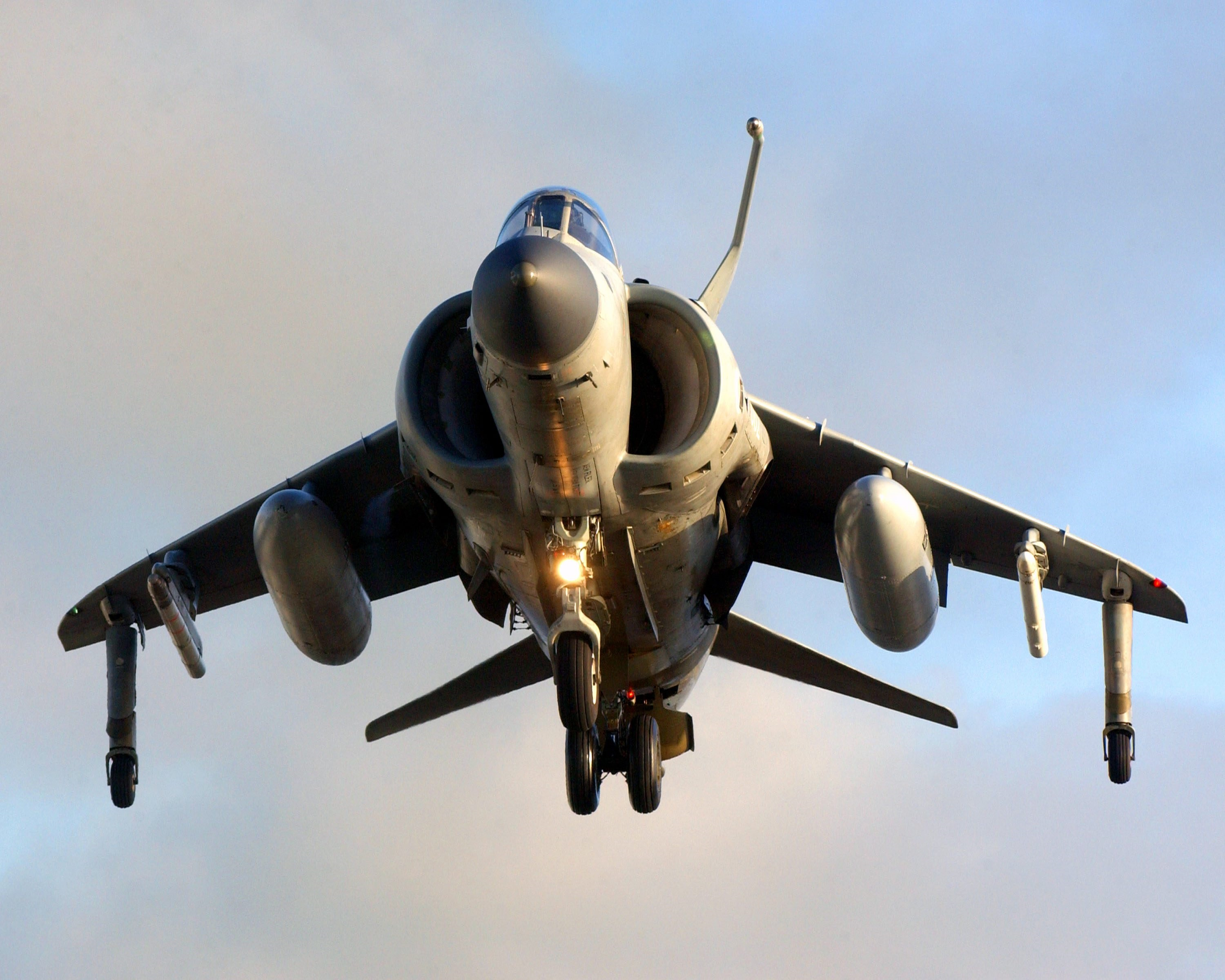 The Crazy Video of What Happened When a Harrier Fighter Jet Crash