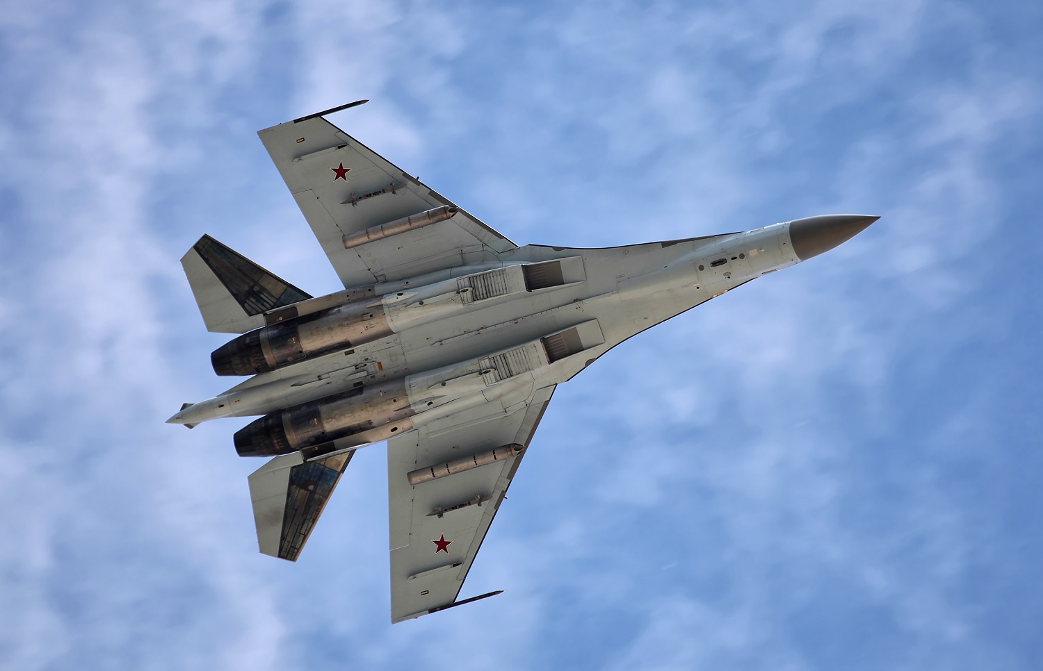 The Dogfighter: Why Russia's Su-35 Fighter Won't Be An Easy Target for Anyone
