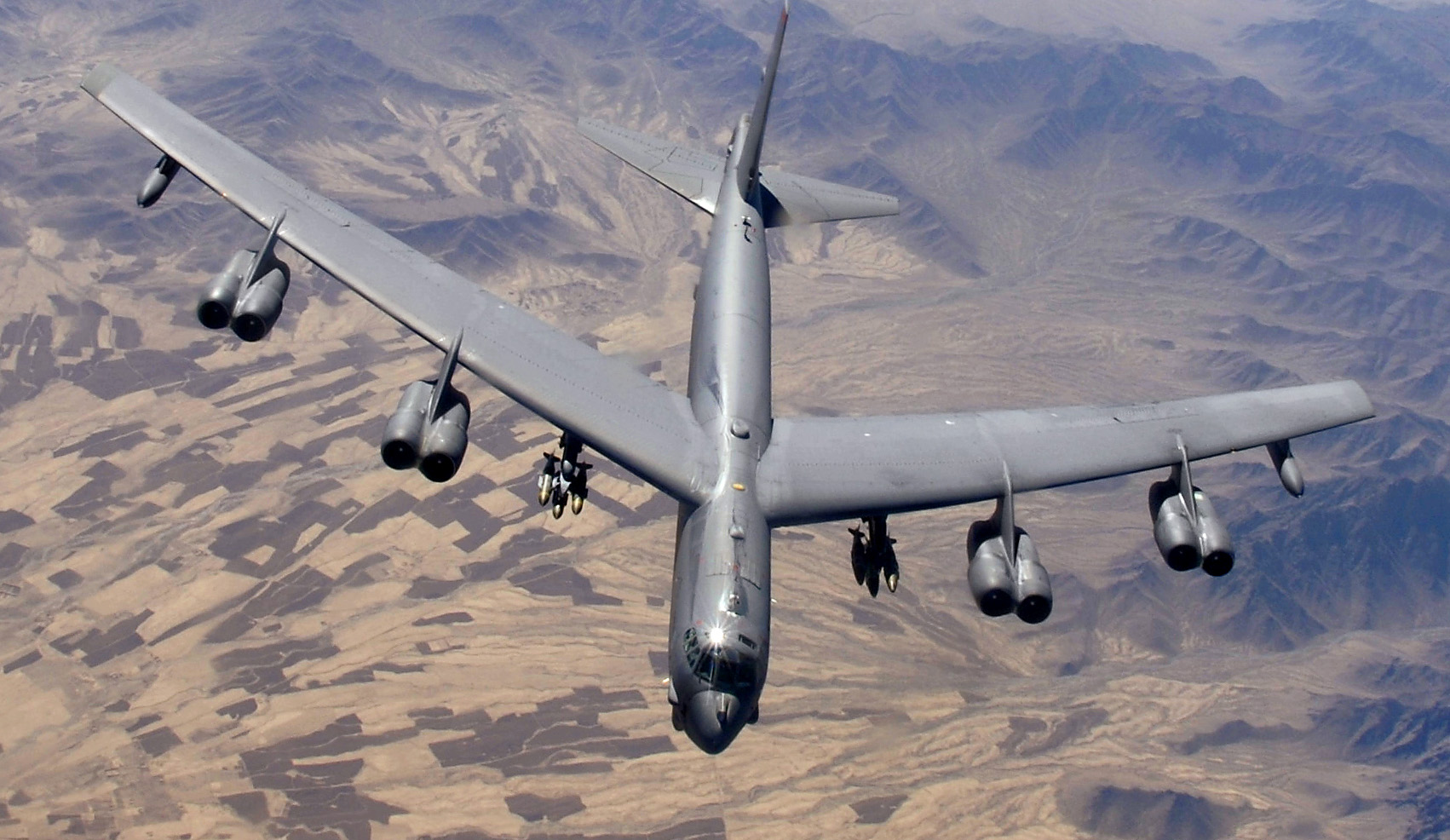 Read the Story of this B-52 Pilot Who Went on 25 Different Combat