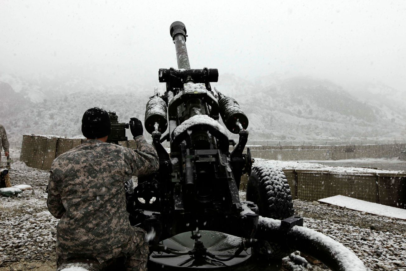 """Deadly: Check out the Army's New Laser-Guided Excalibur """"S"""" Artillery Round"""